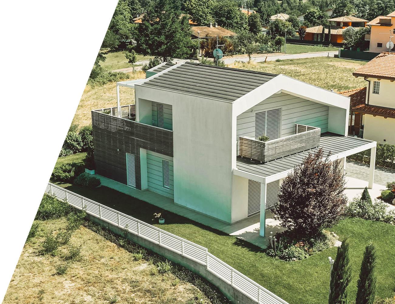 Wooden Houses_Villa Unifamiliare a due piani_Struttura in legno dall'aspetto fortemente contemporaneo